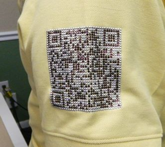 qr code embroidery digitizer